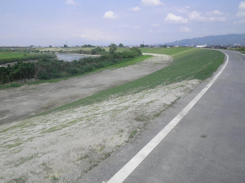 矢部川高柳地区(上流)築堤工事