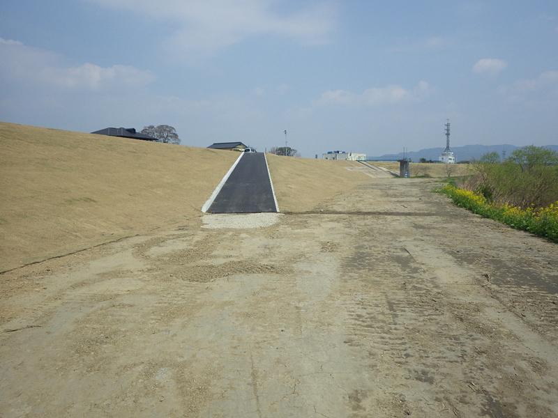 矢部川上庄地区(下流)築堤工事