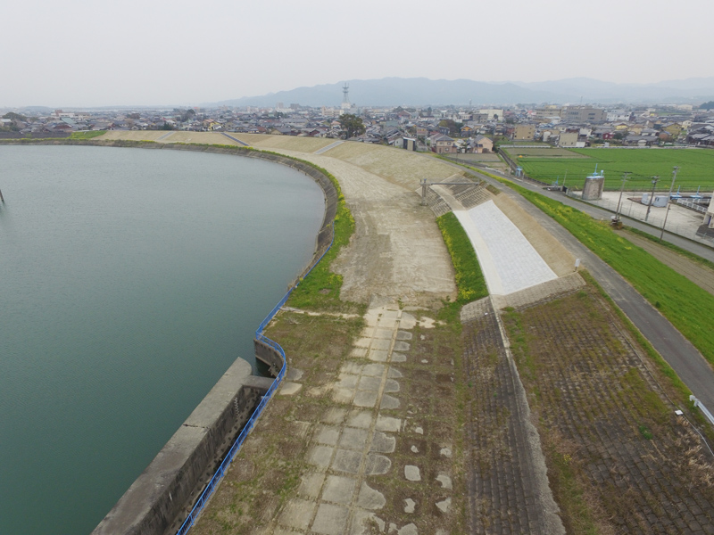 矢部川下庄地区築堤工事